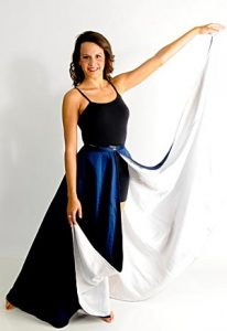 NAVY AND WHITE FIELD SKIRT